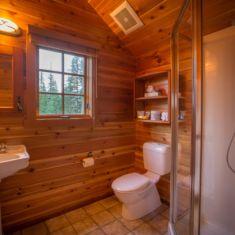 Feuz Cabin Bathroom