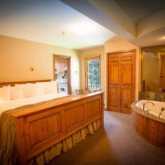 Temple Suite King Bedroom